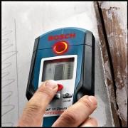 Metal Detector (Handheld)  In Action 3