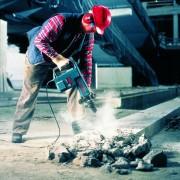 Breaker Electric Medium Duty – In Action 1