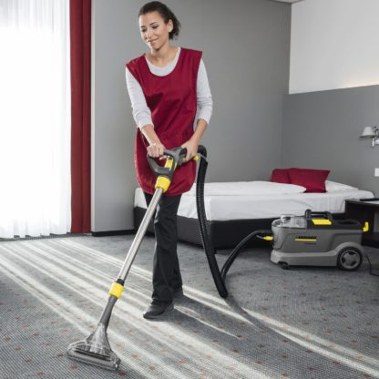 Carpet Cleaner Floor Tool - In Action - 2