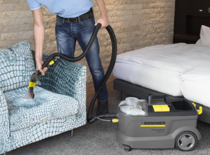 Carpet Cleaner Hand Tool - In Action - 2
