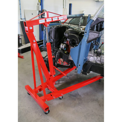 Folding Engine Crane (1000kg) - In Action 1