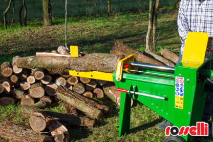 Log Splitter Electric 8 Tonne Hydraulic - In Action 2
