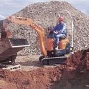 Mini Excavator Digger 0.8 Tonne – In Action 1