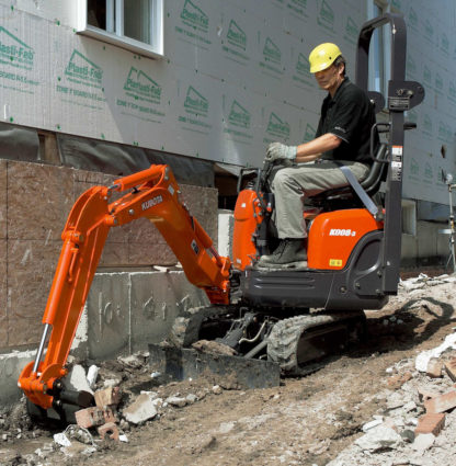 Mini Excavator Digger 0.8 Tonne - In Action 3