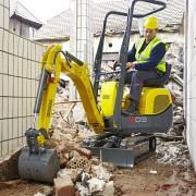 Mini Excavator Digger 1.0 Tonne – In Action 2