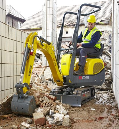 Mini Excavator Digger 1.0 Tonne - In Action 2