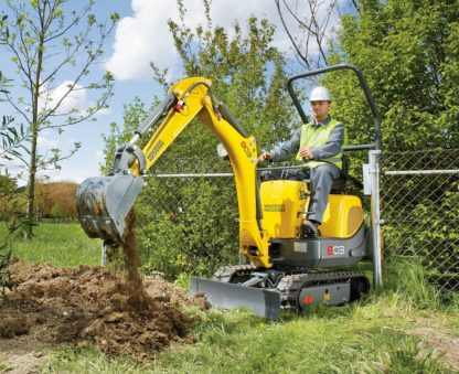 Mini Excavator Digger 1.0 Tonne - In Action 4
