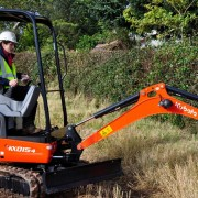 Mini Excavator / Digger 1.5 Tonne – In Action 1